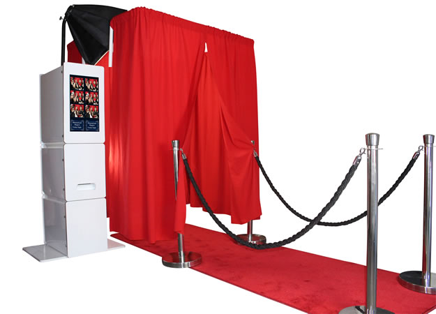 Look At Me Photobooths. Photo booths for hire.